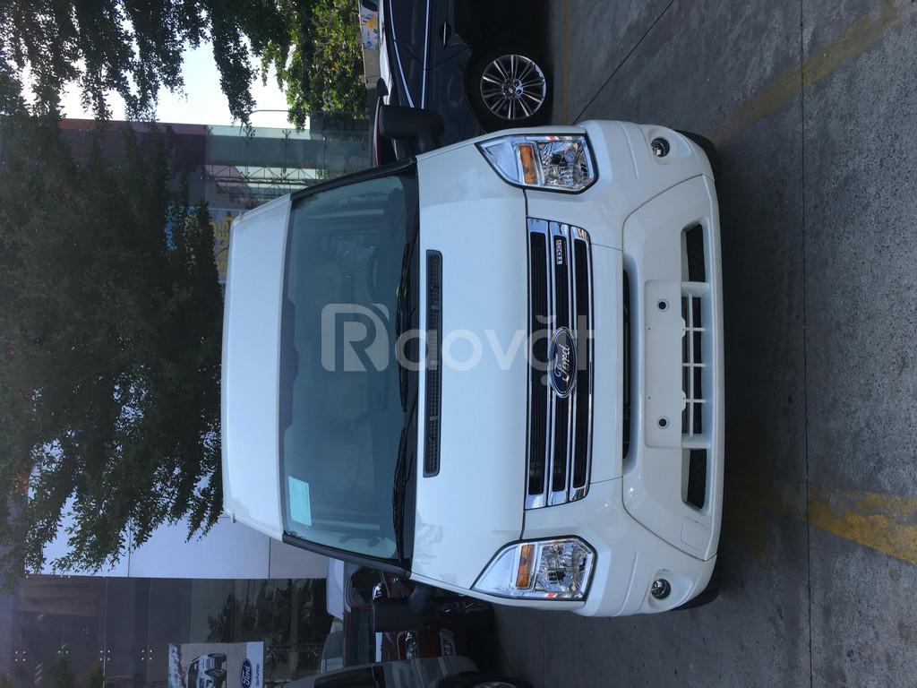 Ford 16 chỗ, giá tốt, KM khủng