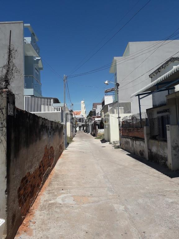 Cần bán căn nhà gần biển tại Trung Tâm TP Phan Thiết, giá tốt.