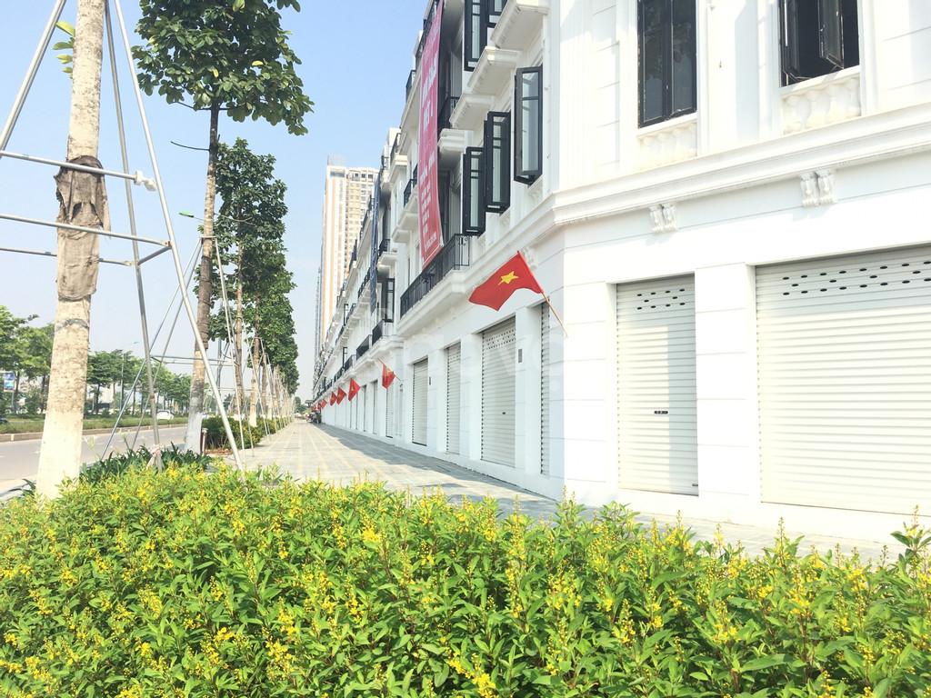 Cho thuê căn LKC31 shophouse Embassy Garden