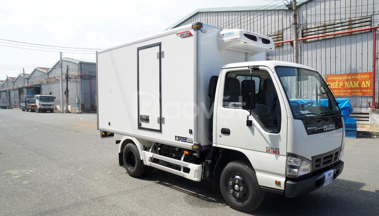 Xe tải ISUZU đông lạnh, giá rẻ, có sẵn, giao ngay, ưu đãi tháng 8 vip