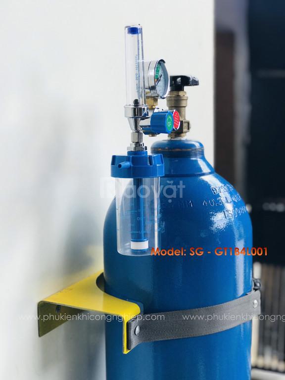 Giá đỡ bình khí Oxy 6 khối
