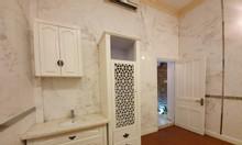 Chính chủ cần cho thuê nhà đẹp, giá rẻ tại thành phố Hồ Chí Minh.