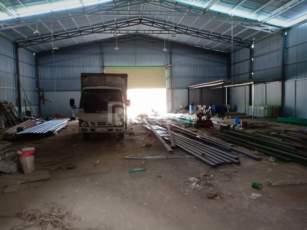 Bán xưởng 350n2, 500m2, 744m2 đường Tx52 Quận 12 TPHCM