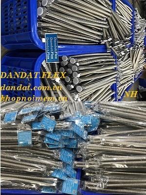 Cần bán ống dẫn nước inox, dây ống nước inox, dây cấp nước chịu nhiệt