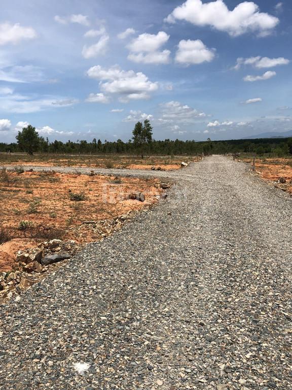 Đất đầu tư gần sân bay Phan Thiết 620tr/1000m²