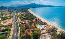 Bán đất mặt biển khu du lịch biển Mỹ Hòa, Ninh Thuận 2500 m2