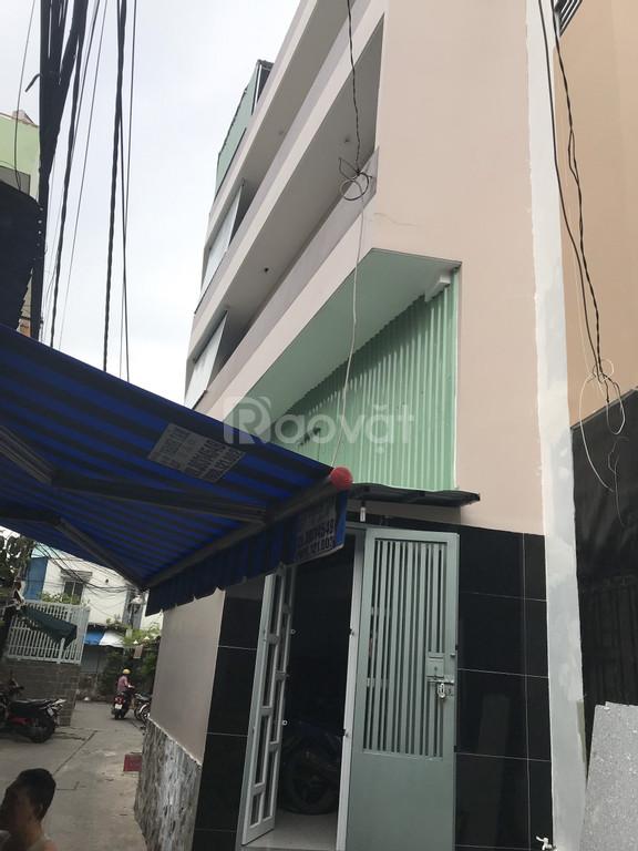 Bán nhà hẽm xe hơi 75 đường Trần Văn Đang