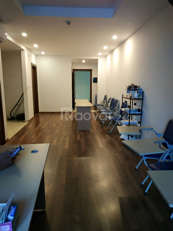 Chính chủ cần  bán căn 2 ngủ, 83m2, giá tốt Goldmark city