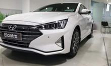 Bán trả góp Hyundai Elantra giá hấp dẫn