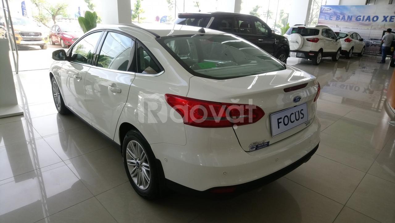 Ford Focus Titanium 1.5 - Hàng hiếm