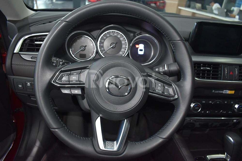 Mazda 3 khuyến mại tới 30 triệu, trả góp 80%.