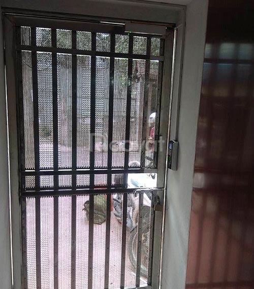 Lắp khóa cửa vân tay cho cửa kính, cửa sắt, cửa lùa, cửa tự động.