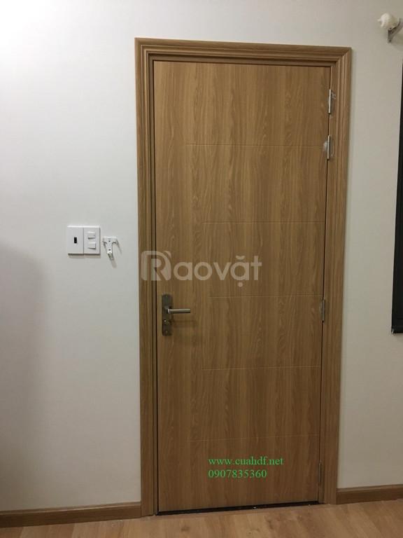 Mẫu cửa gỗ phòng ngủ đẹp tại TP.HCM