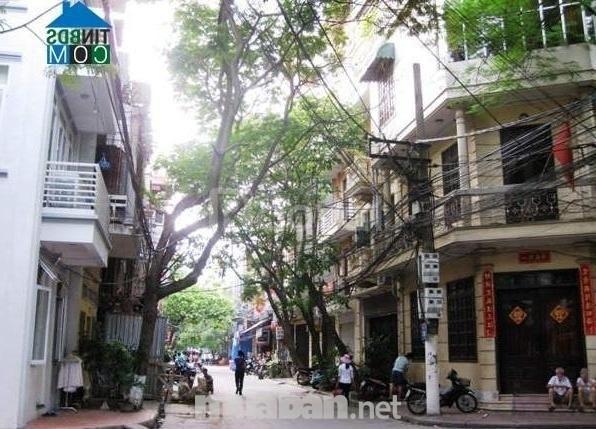 Bán nhà 80m2 mặt phố Lạc Chính phường Trúc Bạch, mặt tiền 7m, 16 tỷ