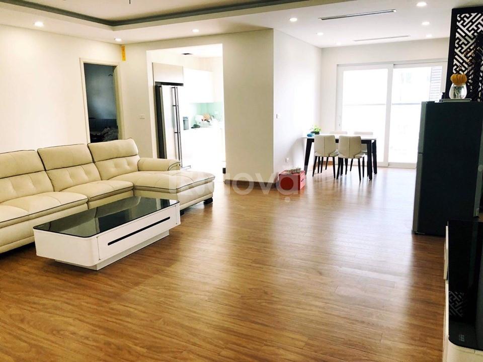 Bán nhà trong ngõ  C2 Làng Quốc Tế Thăng Long DT115m 6 tầng, giá 11 tỷ