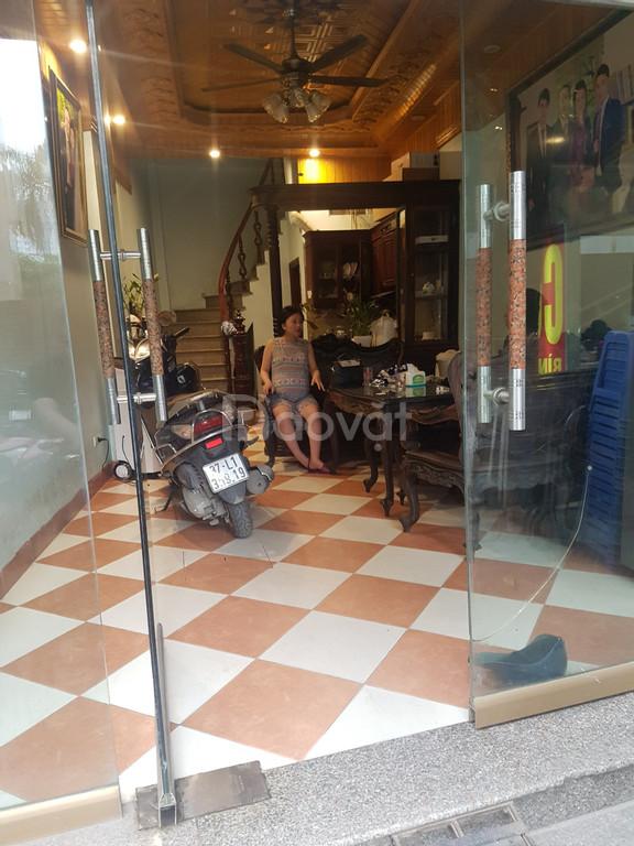 Cho thuê nhà 5 tầng để ở và kinh doanh tại đường Lê Đức Thọ, Mỹ Đình