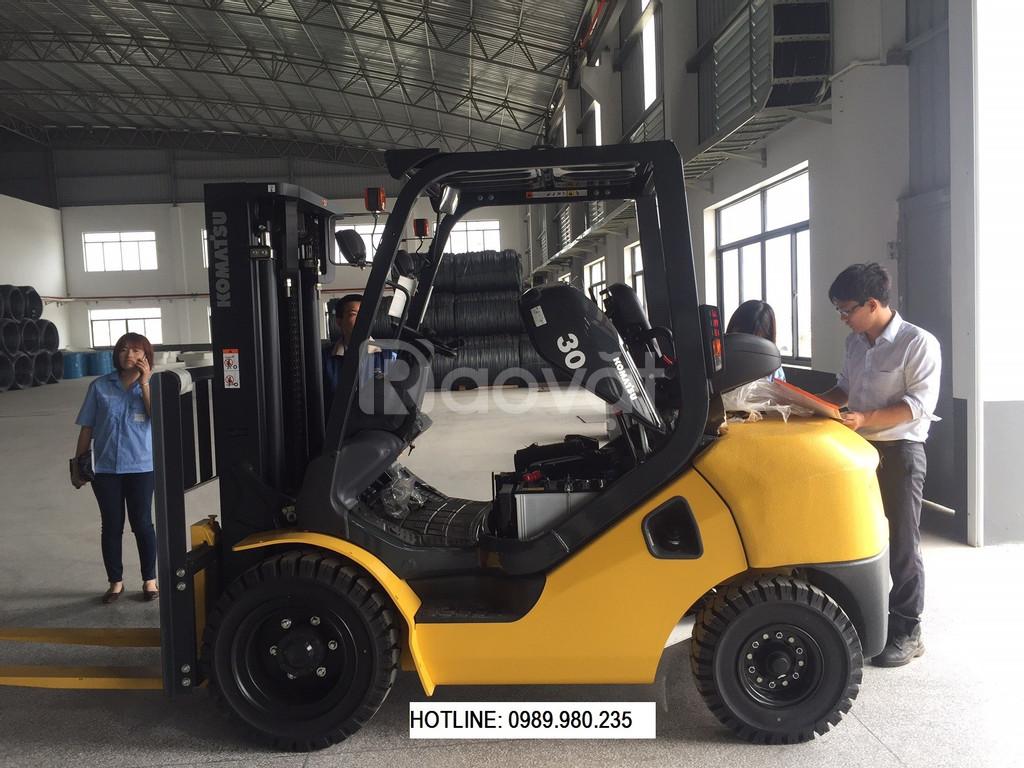 Bán xe nâng Komatsu 3.0 tấn, Model: FD30T-17, mới sx 2019
