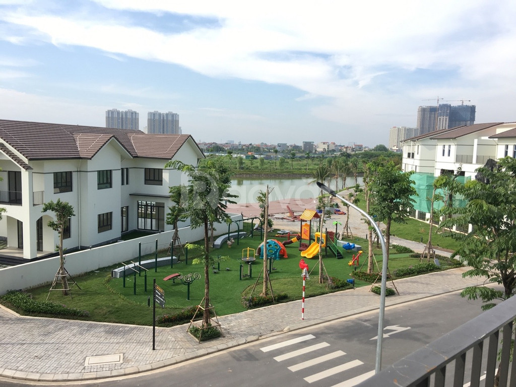 Chính chủ bán biệt thự Vinhomes Thăng Long 154m2 view hồ giá tốt