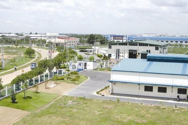 Bán nhà xưởng tại KCN Mỹ Phước III, Bình Dương, giá rẻ.