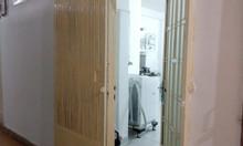 Chính chủ cần bán căn hộ giá rẻ tại đường Phan Văn Trị, Bình Thạnh