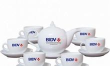Bộ ấm trà in logo gốm sứ làm quà tặng doanh nghiệp tại Quảng Bình