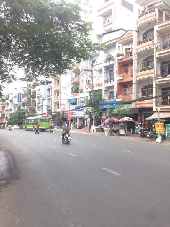 Cho thuê nhà MT số 194 Đinh Bộ Lĩnh, Q. Bình Thạnh, gần BX miền đông