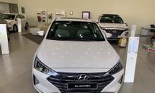 Hyundai Elantra 2019 sedan C đẳng cấp từ 200 tr nhận xe ngay