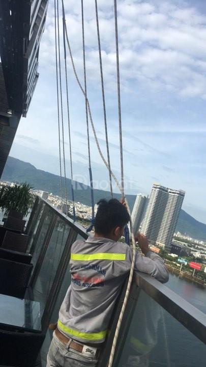 Bộ giáo dây thừng đu dây sơn nhà tại Nha Trang