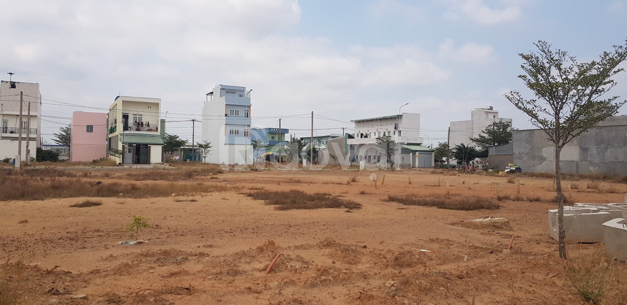 Bán gấp lô đất ở đường Trần Văn Giàu, Bình Chánh SHR