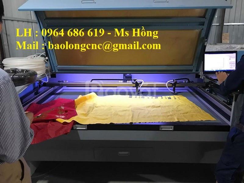 Máy laser cắt vải 2 đầu cuộn tự động hiệu quả cho mọi doanh nghiệp