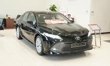 Toyota thanh xuân bán xe camry 2019 mới, không kèm lạc, giao ngay.