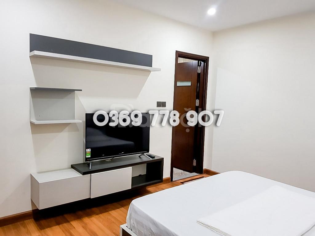 Cho thuê căn hộ chung cư Home City 117 Trung Kính