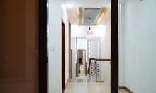 Bán gấp căn nhà mới, đẹp tại TP HCM, full nội thất, giá tốt.