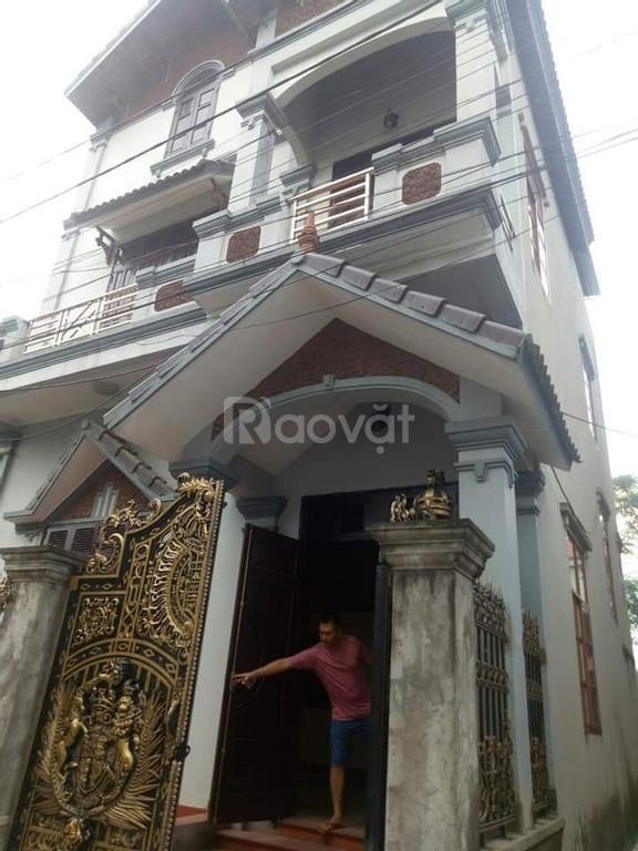 Bán gấp nhà 3 mặt thoáng, ôtô vào nhà tại Đông Dư, Gia Lâm
