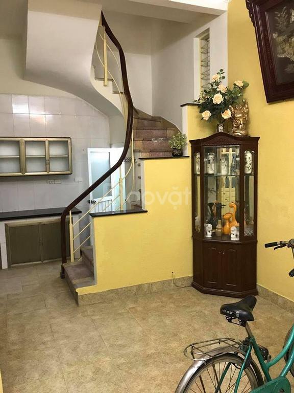 Bán nhà mặt ngõ Khương Trung, Thanh Xuân, cách phố 50m, 34m2, 2.5 tỷ