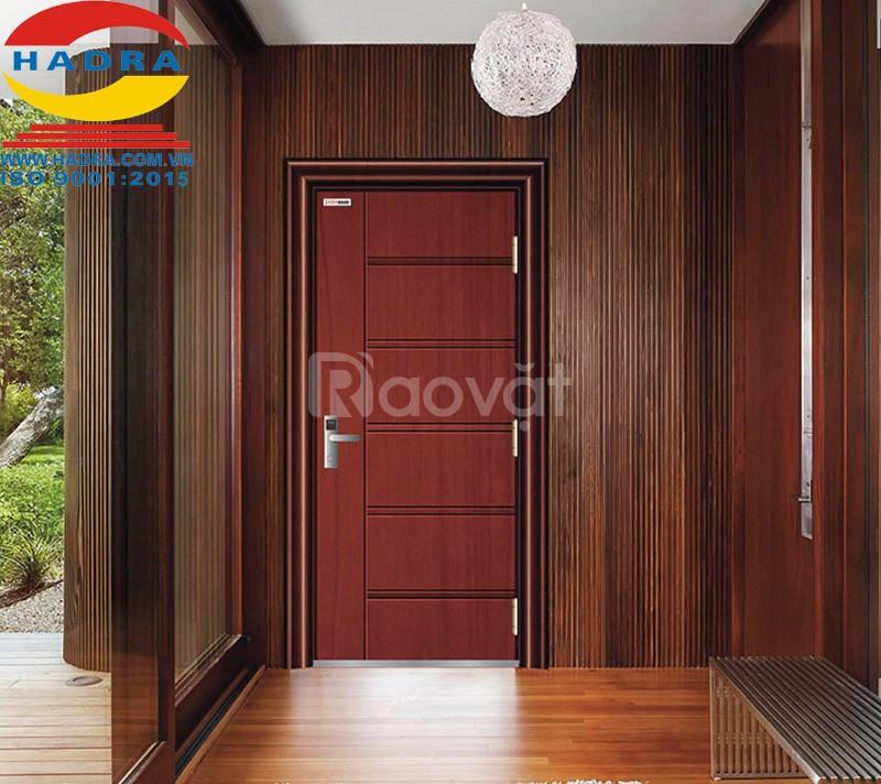 Mua cửa thép vân gỗ cần chú ý những gì?