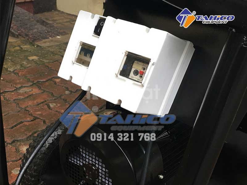 Aptomat máy rửa xe áp lực cao