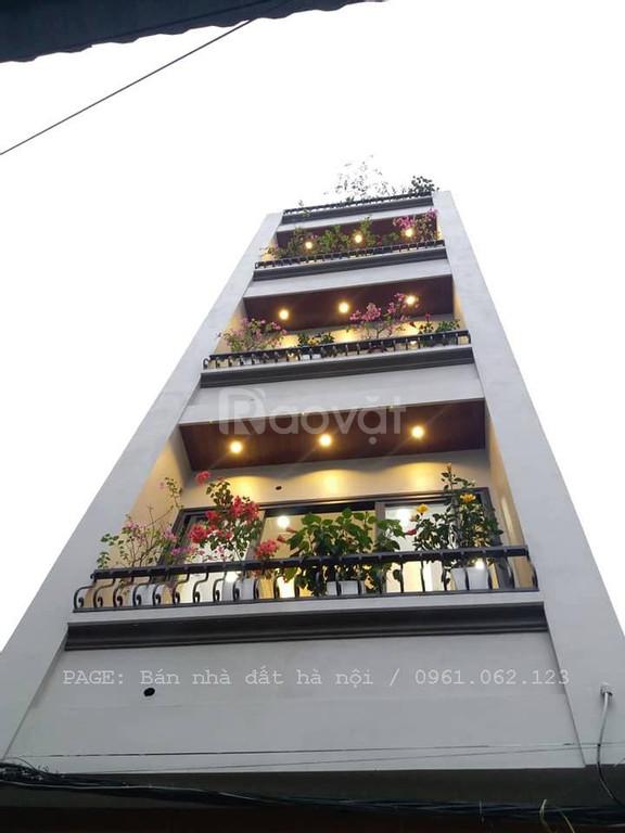 Bán nhà ngõ 189 Trung Hòa DT35m, MT4.5, giá 3.45 tỷ, nhà đẹp, ở luôn
