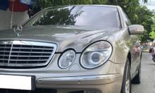 Cần bán xe Mercedes E240 Elegance AT, Model 2005, màu bạc, nhập Đức!