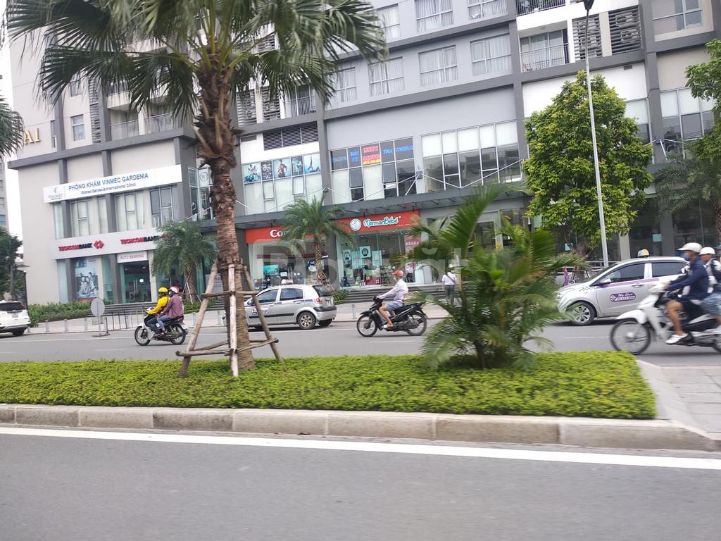 Cho thuê nhà mặt phố Duy Tân Cầu Giấy diện tích 288m2 MT 15m