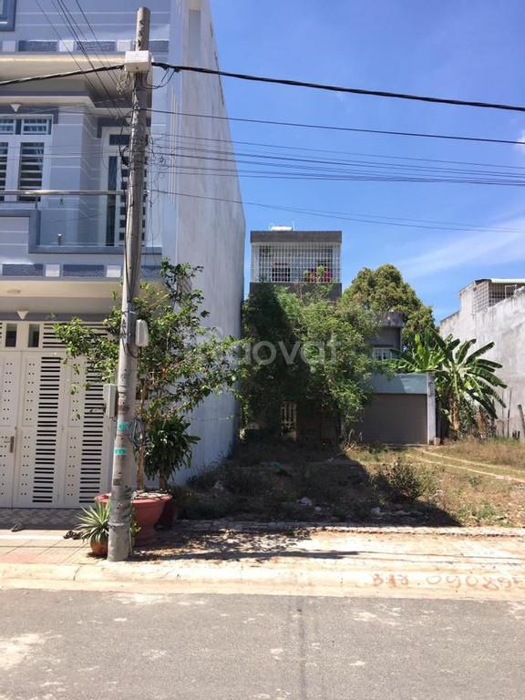 Do ly hôn chia tài sản bán 100m2 đất thổ cư tại Võ Tấn Đồ, P4, Tân An