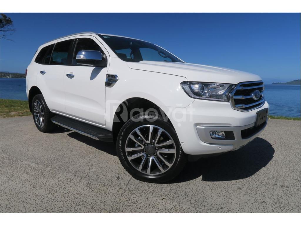 Ford Everest Titanium mua xe là hết xảy, ưu đãi 70 triệu