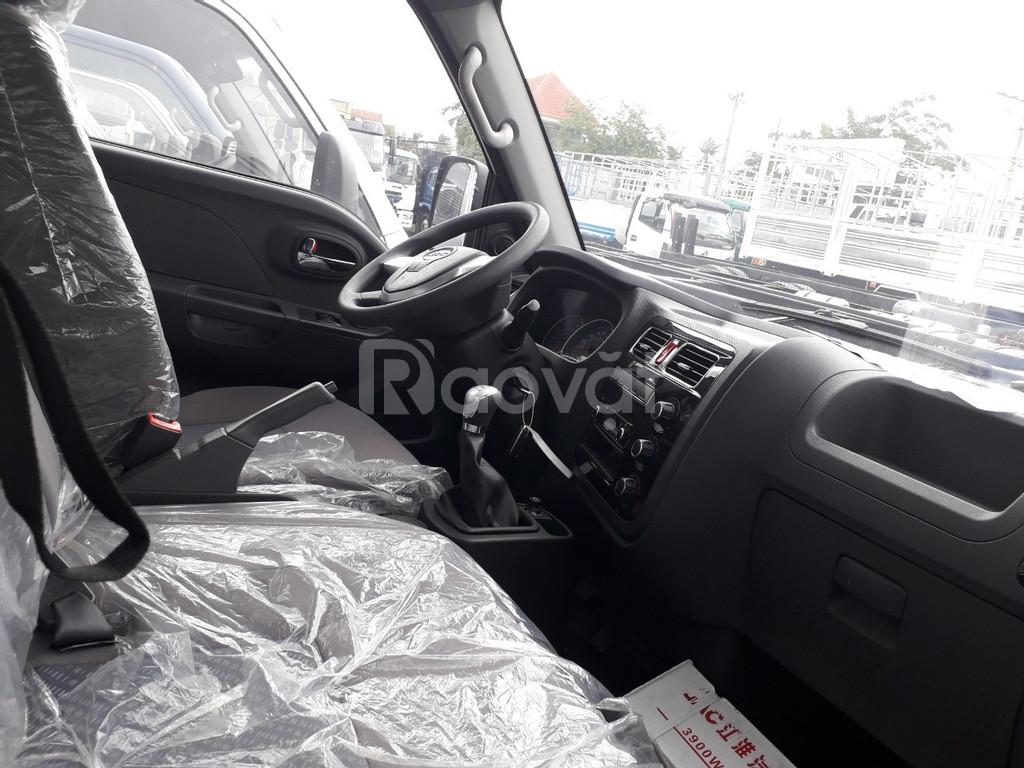 Xe Jac 1 tấn 5 thùng kín màu trắng đời 2019 động cơ isuzu