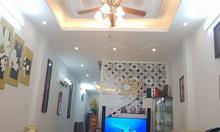 Chính chủ bán gấp nhà ngõ Khương Hạ, 41m2, 4T, MT 3.3m 2 thoáng, ô tô đỗ gần nhà.