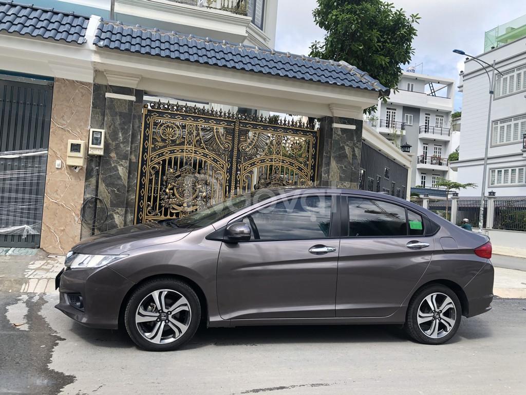 Cần bán xe Honda City 1.5 AT, Model 2017, màu xám nâu