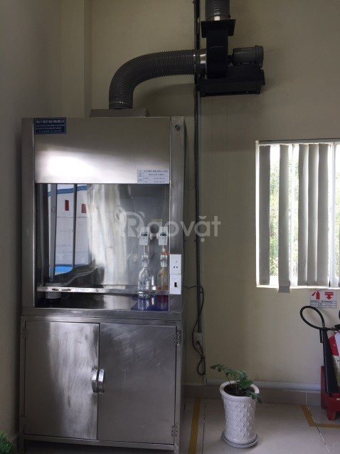 Tủ hút khí độc dùng trong phòng thí nghiệm