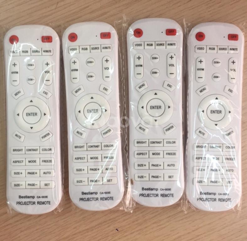 Chuyên bán điều khiển máy chiếu đa năng chất lượng, giá rẻ tại Hà Nội