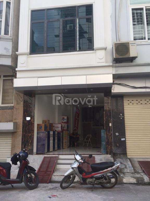 Cho thuê nhà nguyên căn 5 tầng làm văn phòng, phố Lý Thường Kiệt