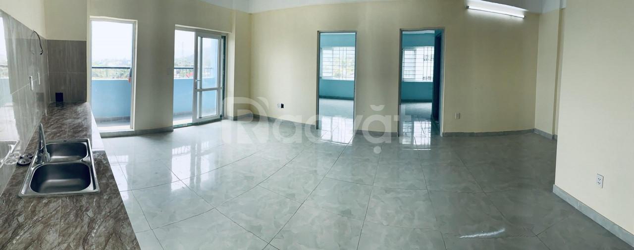 Bán căn góc 2 phòng ngủ chung cư Hoà Khánh DT 72m2