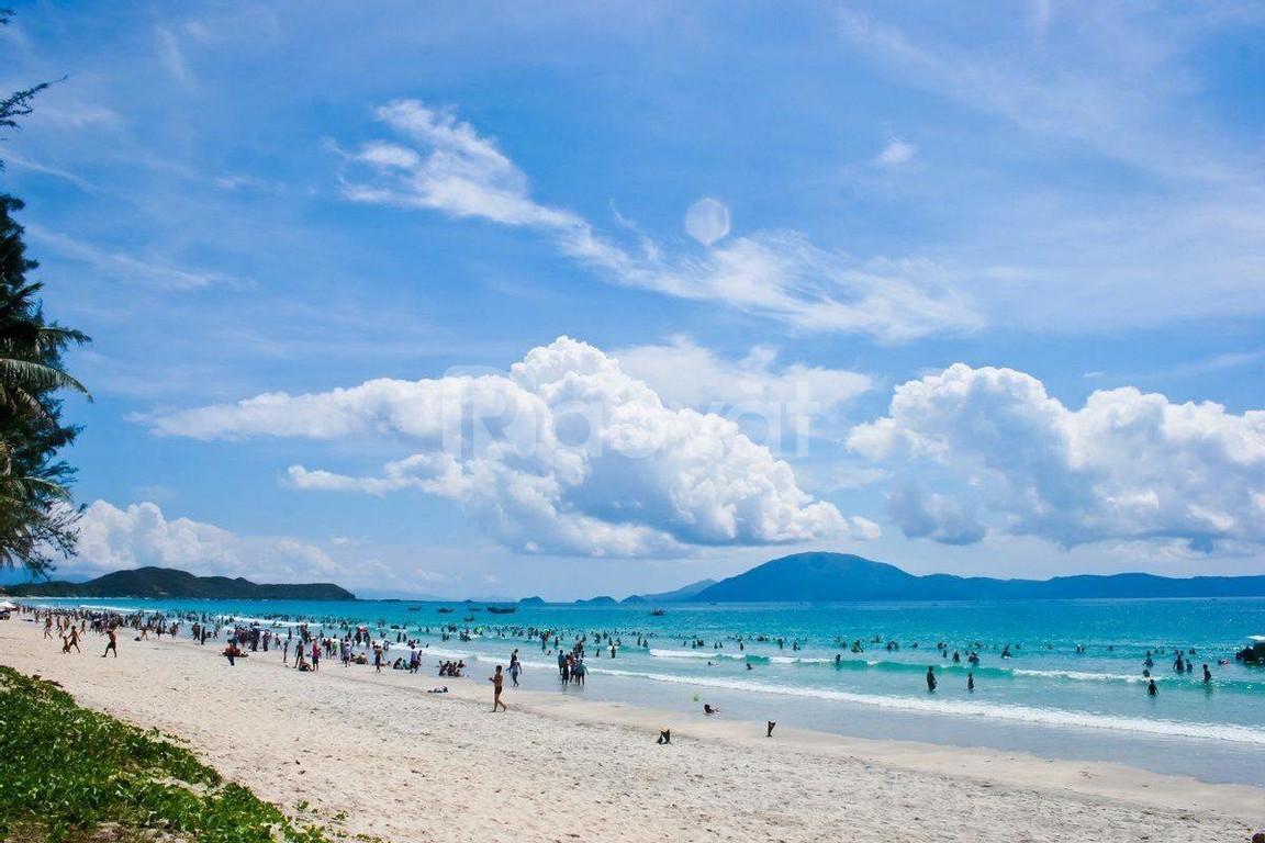Ngay trung tâm thành phố, tuyến đường ven biển TP Tuy Hòa.
